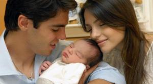 Kaka e família 300x166 - Testemunho de Kaká, o jogador!